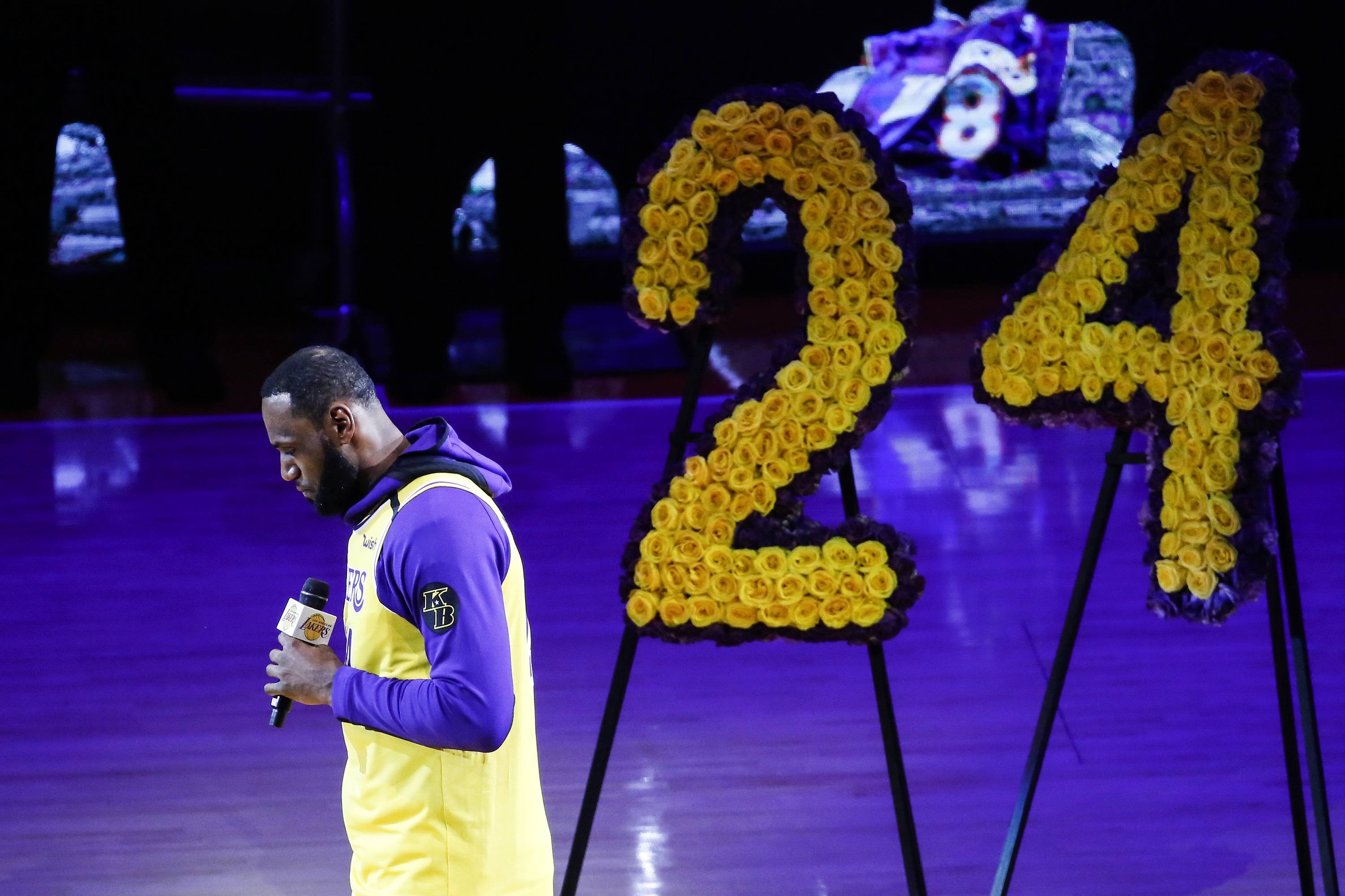 The King's Speech: LeBron James' words salve hurting Lakers   WIVT ...